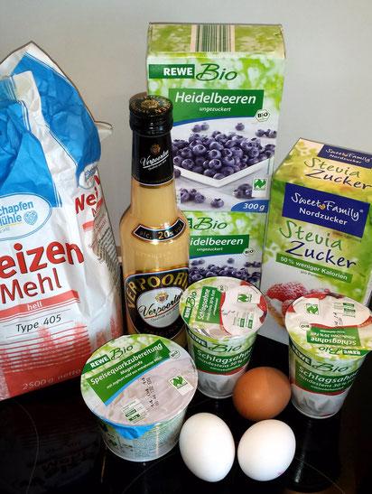 Leichte Heidelbeer Eierlikörtorte mit Steviazucker