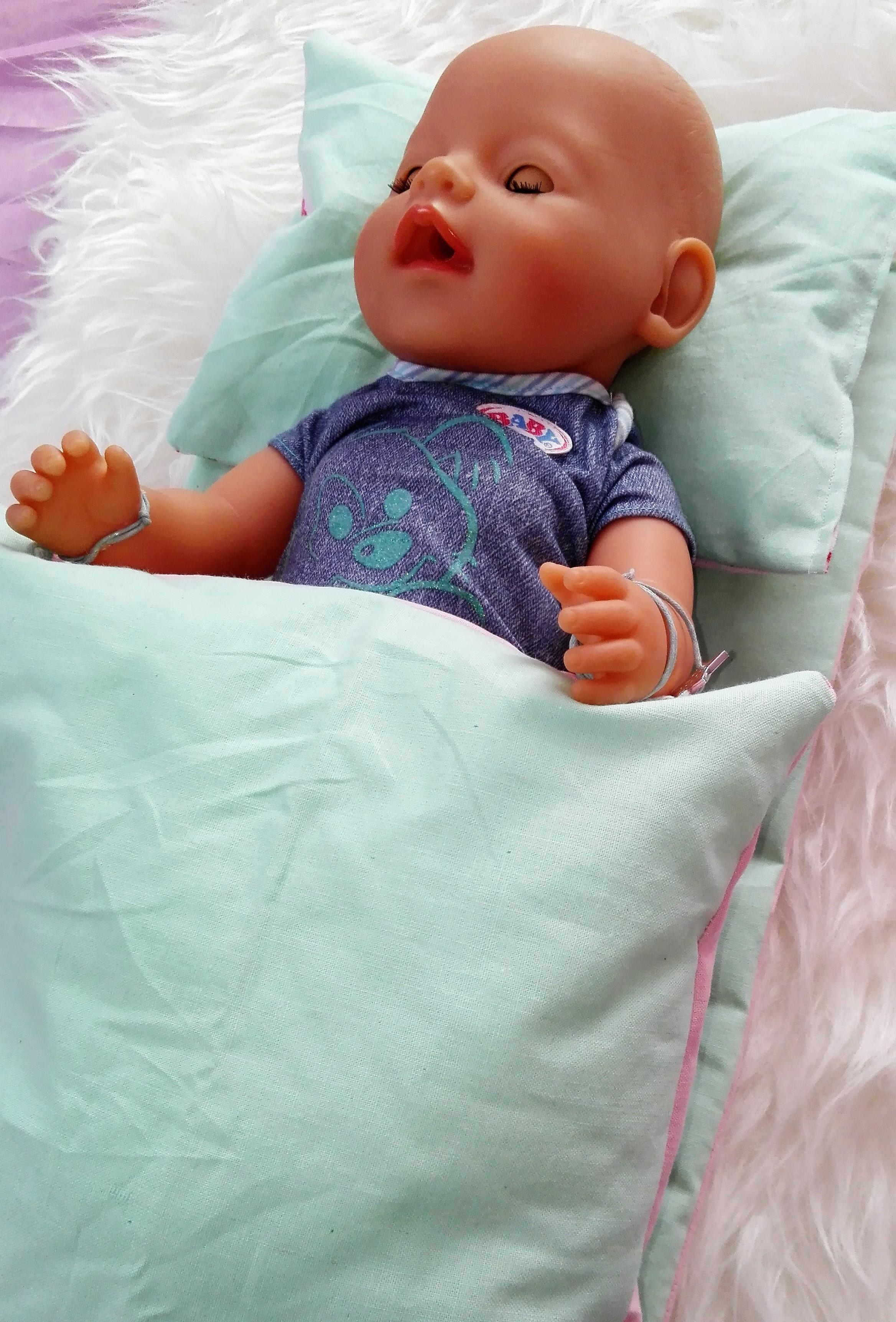 Erfahrung mit dem Knorrtoys lief Reiseset für Puppen.